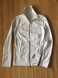 Lululemon size 6 jacket  Kitchener, N2B 1H1