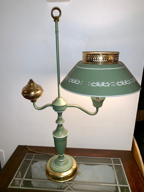 Vintage Toleware Accent Table Lamp - REDUCED b7e24013-b926-4535-9966-602aeb3df1fb