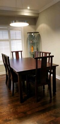 Decorium dining table with 6 chairs + leaf Vaughan, L4K 0C6