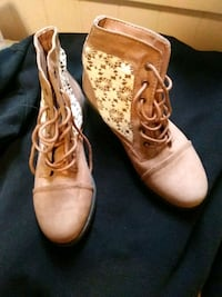 Size 6 and 1/2 taupe colored boots with lace Boise, 83706