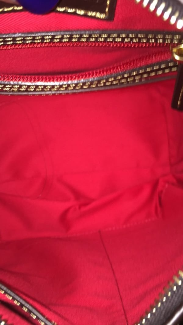 Women's red leather hobo bag d89dfe90-48a3-4bfd-9042-85b515ecb7a1
