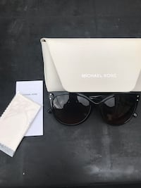 Black framed michael kors sunglasses with box Sharpsburg, 30277