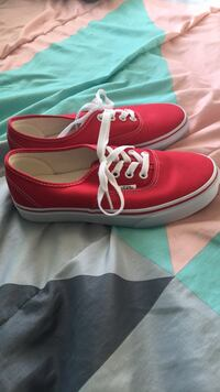 Red Vans Women's 7 Palm Bay, 32909