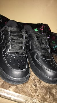 Pair of black nike air force 1 low Winnipeg, R2W 1Y5