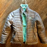 Girls The North Face reversible jacket.  Des Moines, 50311