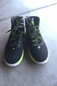 Black and Green Adidas (6.5) Los Banos, 93635