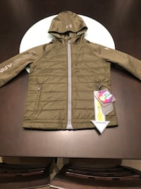 NEW Boys Under Armour coat Harpers Ferry, 25425
