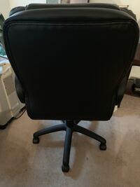 black leather rolling office chair Virginia Beach, 23464