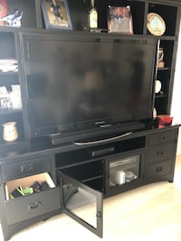 Like new entertainment center