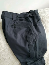 Columbia (like new)womens ski or snowboard pants  Toronto, M5E 0A9
