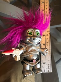 RUSS TROLL SPACEMAN  with Laser Gun  silver  body and clothes fuchsia Courtice, L1E 2S2