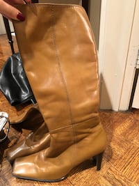 pair of brown leather boots Vaughan, L4L 8H4