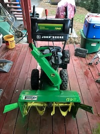 John Deer Snow blower York, 17402