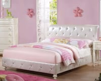 Full Size Upholstery Diamond Tufted Platform Bed  Hialeah, 33015