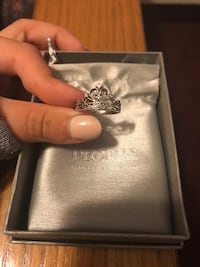 Size 6 silver princess ring with 4 diamonds Metchosin, V9C
