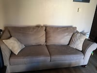 Couch and Love Seat Kent, 98030