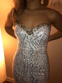 Prom Dress - white and solver sequin Toronto, M5M