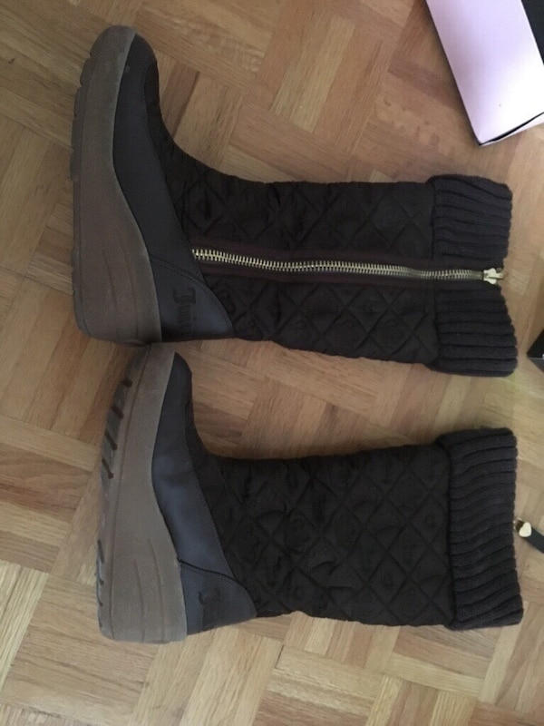 JUICY COUTURE SIZE 9 BROWN WINTER BOOTS fcdc0cee-d121-47eb-bd54-e71ae4c30460
