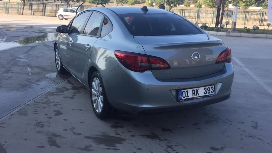 2015 Opel Astra SEDAN EDITION 1.6 16V 115 HP 6179f3ea-5c50-4674-9a60-8690579a3b72