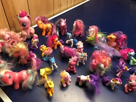 Huge little pony lot