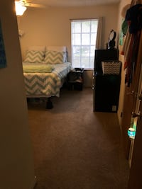Summer Sublease - Cheap Rent! Male or Female Gainesville