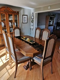 Dining Table and Chairs Millbrook, L0A 1G0