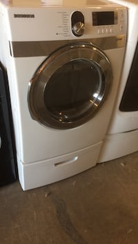 white front-load clothes washer Stockton, 95205