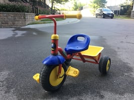 Kids trike, good condition