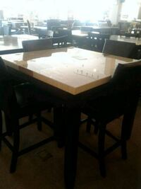 Table with 4 Chairs  Phoenix, 85018