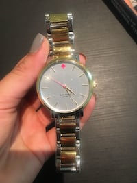 Round gold-colored analog watch with link bracelet Fort Myers, 33907