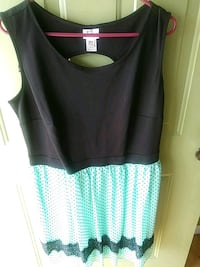 women's black and teal polka-dot crew-neck sleevel Conway, 29526
