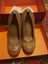 Tory Burch Shoes Tan size 10 Washington, 20017