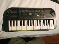 Casio electronic keyboard Barrie, L4M 4Y8