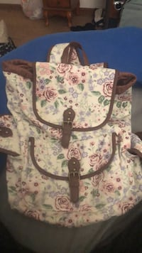 white and pink floral tote bag Ames, 50010