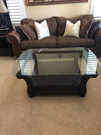 Coffee Table and End Tables Murrieta, 92562