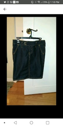 New jeans skirt small