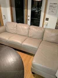 Leather sectional/couch w chaise Calgary, T2J 7B5