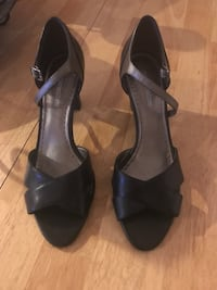 Naturalizer Black and Silver Heels Size 8 Aurora, 80014