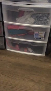 Set of 3 plastic storage drawers (2 available)