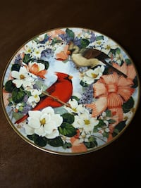 Franklin Mint Cardinals in the Blossoms plate
