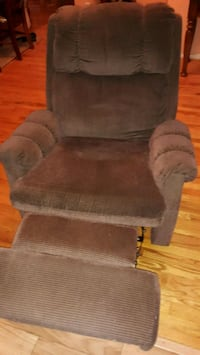 brown suede padded sofa chair Brook Park, 44142