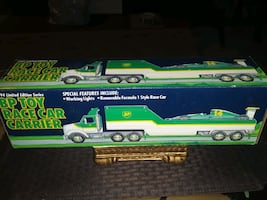 VINTAGE LIMITED EDITION BP OIL RACING CAR CARRIER UNOPENED 1994