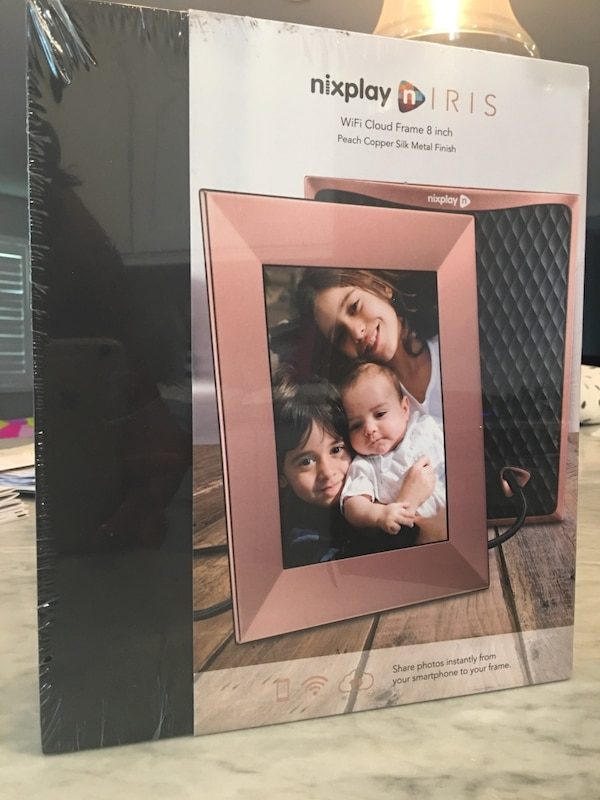Used Nixplay Iris Wifi Cloud Frame 8 Inch Photo Digital Photo Frame