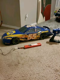 """Michael Waltrip NASCAR Remote Control Car  """" with battery pack"""