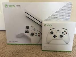 XBOX 1S 500GB with 2 wireless controllers and 3 month game pass