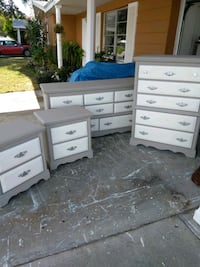 Solid Wood Dresser Set (delivery available) New Port Richey, 34652