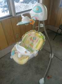 Free working order fisher price swing  Rochester, 14619