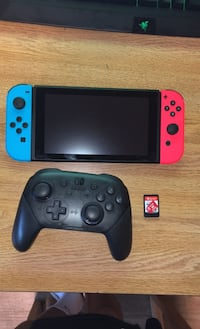 Nintendo Switch+Pro Controller+Super Smash Brothers+128GB SD Card Leesburg, 20176