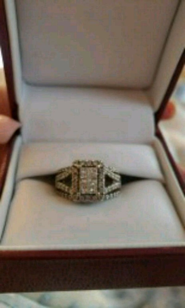 Used silver and diamond ring in box for sale in Douglasville - letgo