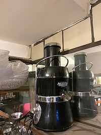 black and gray juicer $25.